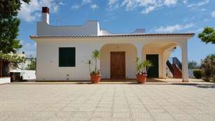 Villa 5 Rooms 110 Sq.m.